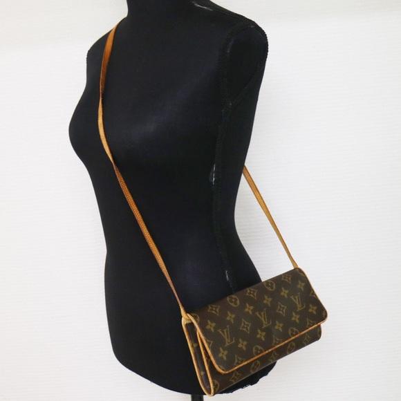 b5735c3738c Louis Vuitton Handbags - Authentic Louis Vuitton Twin GM Crossbody BAg